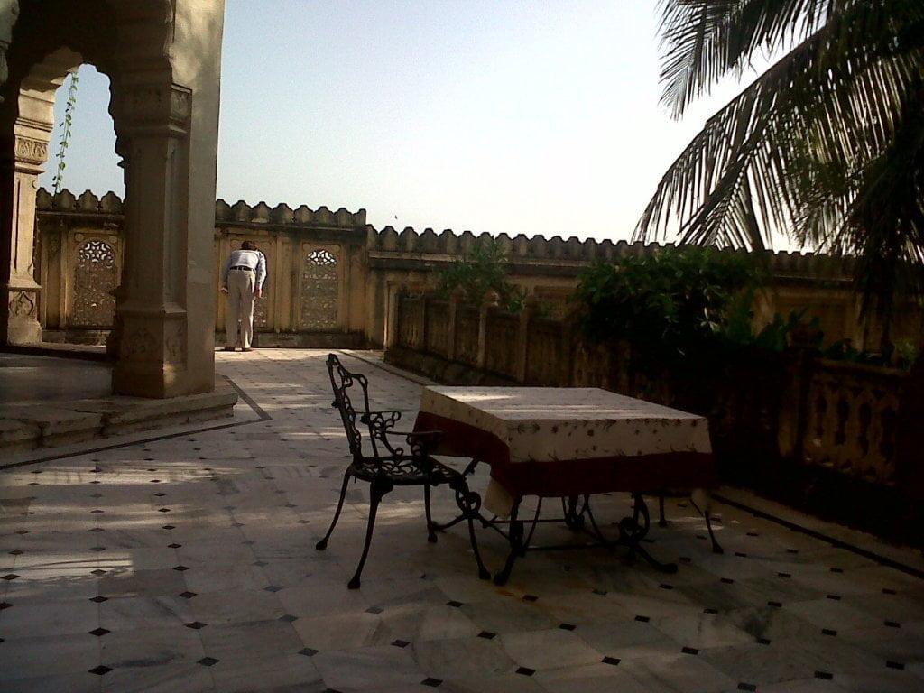 backyard of Darbargadh palace opening towards Julto Pool